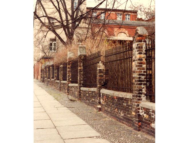 Einfriedung des ehemaligen Gartens Matthiasstraße 1992