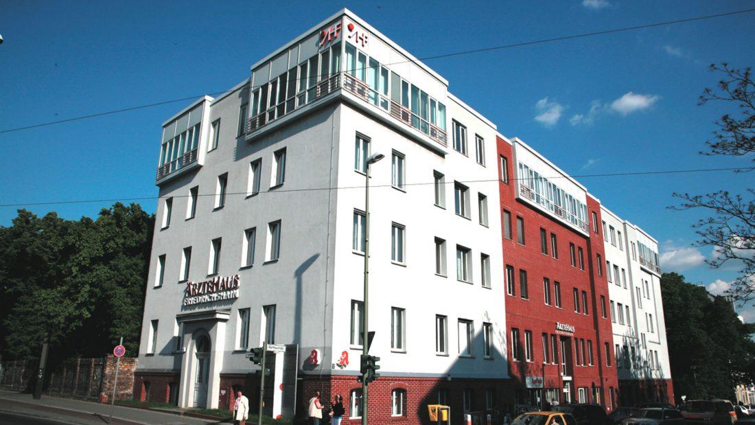 Ärztehaus Friedrichshain, Landsberger Allee