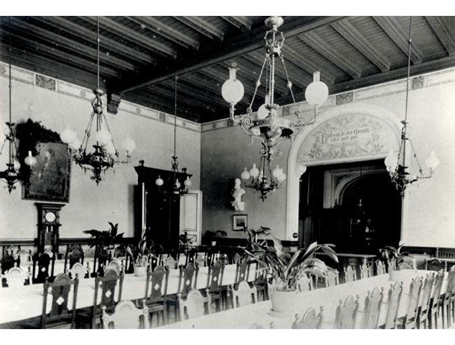 Speisesaal im Viktoriahaus für Krankenpflege ca. 1884
